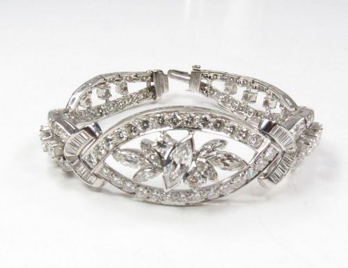 Art Deco, platinum and 9ctw diamond link bracelet
