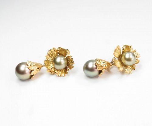 Spectacular, 18k gold, Tahitian pearl Day Night flower earrings