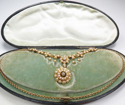 Antique, Art Nouveau, 18k/14k pearl garland necklace in fitted box.