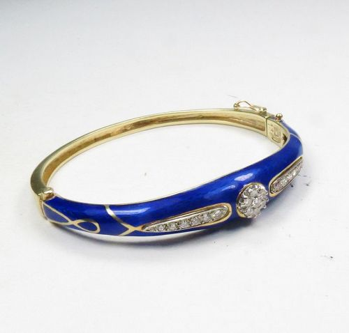 LA TRIOMPHE, 14k gold, blue enamel, diamond bangle bracelet