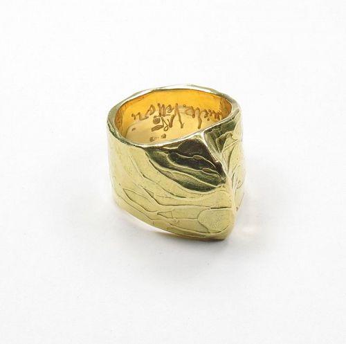 Modern, Signed, Daniela Vettori, solid 18k gold ring, band