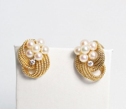 18k yellow gold, cultured pearls, diamond earrings