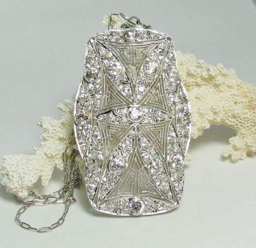 Antique, Edwardian Era, platinum and diamond necklace.