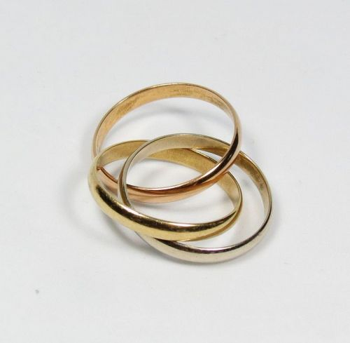 Unisex, Cartier, France, 18k gold trinity band ring