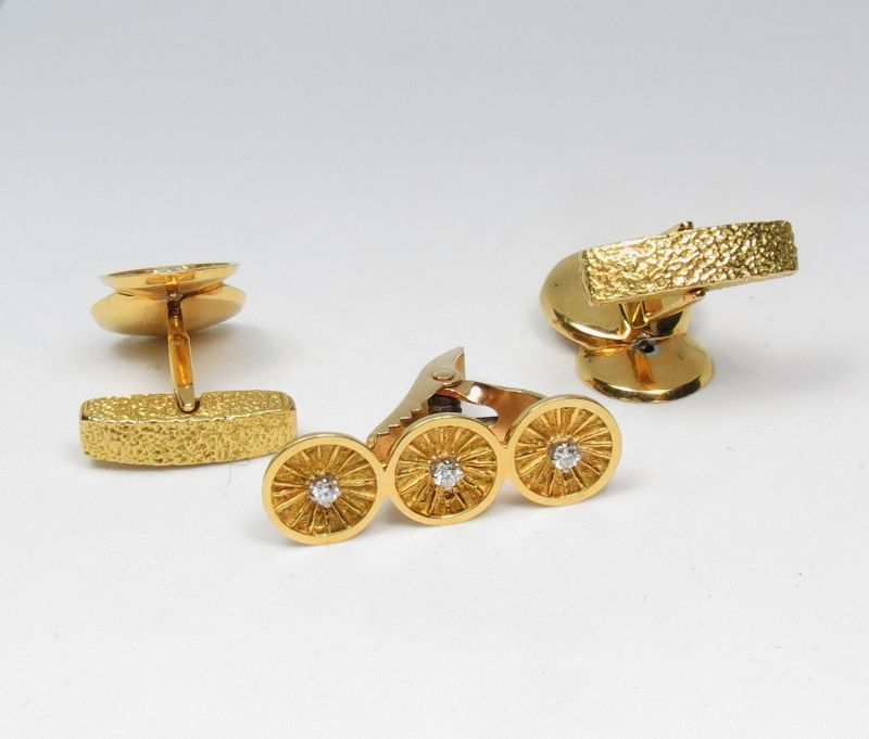 Estate, men's 18k yellow gold, diamond cufflinks, tie clasp set
