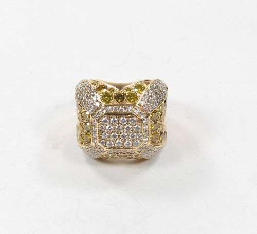 Fancy yellow diamond statement ring in 18k yellow gold 2.5ctw