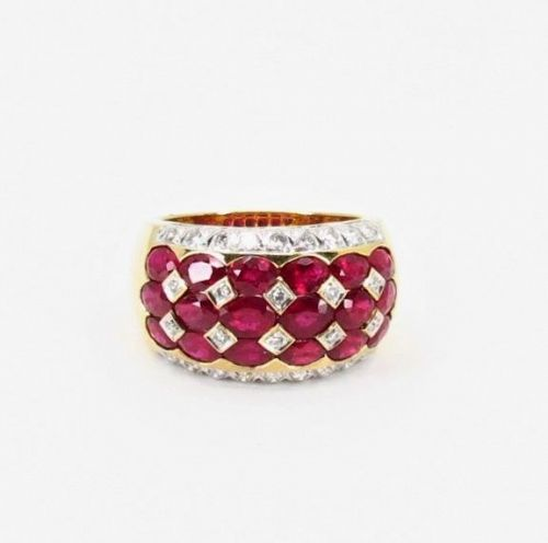 Designer LeVian, 4.5ct natural ruby, diamond ring in solid 18k gold