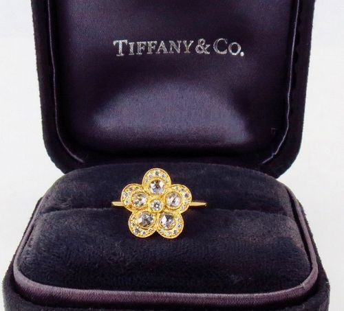 Tiffany & Co. Enchant Garden flower diamond ring in 18k gold