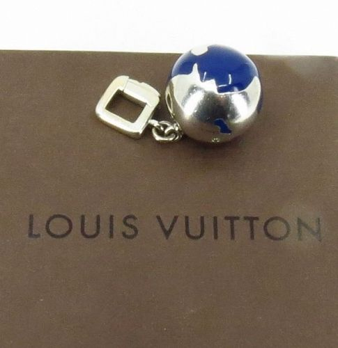 Louis Vuitton blue enamel globe pendant in 18k white gold with box