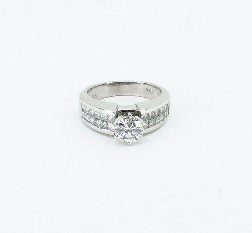 2.34Ct. Diamond engagement ring in 14k white gold