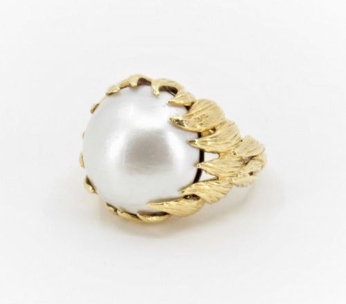 David Webb Mabe pearl statement ring in 18k yellow gold