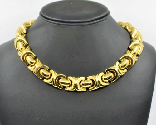 Large statement collar necklace in 18k yellow gold