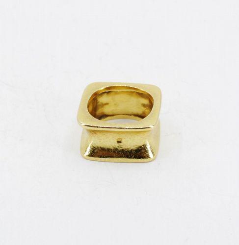 Designer signed, Zolotas, Greece solid 22k gold band ring