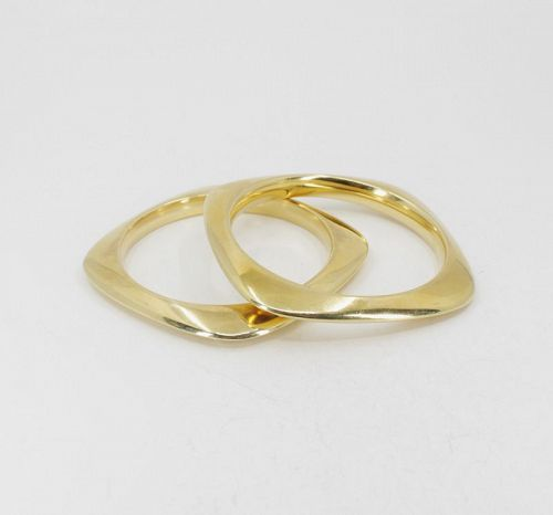 Tiffany & Co, pair of square bangle bracelets in 18k yellow gold