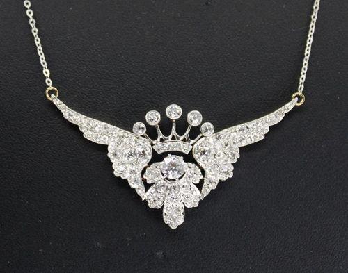 Antique 3 carats of diamonds necklace in platinum