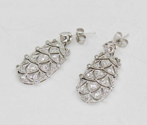 Antique, Art Deco diamond dangle earrings in platinum