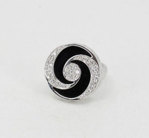 Bvlgari diamond onyx spinning ring in 18k gold and steel