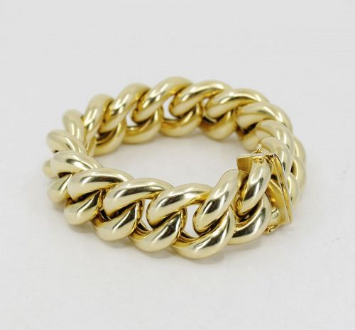 Large curb-link bracelet in 14k yellow gold 76.6 grams