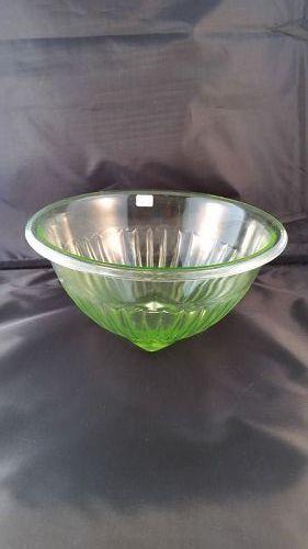 """Hocking green mixing bowl - 9 1/4 """""""