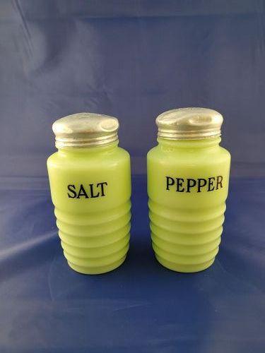 Jennette Jadeite Lite Round Salt and Pepper Shakers
