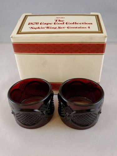Avon Cape Cod Napkin Rings in box 4