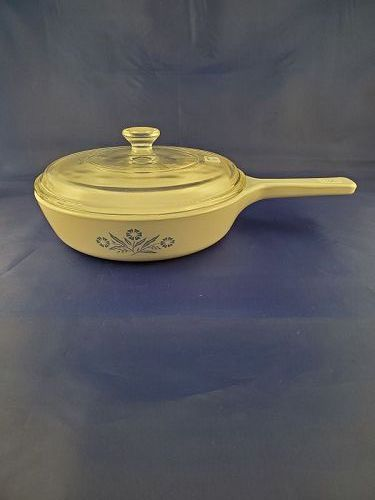 Corning Ware Cornflower 6 1/2  inch skillet with cover