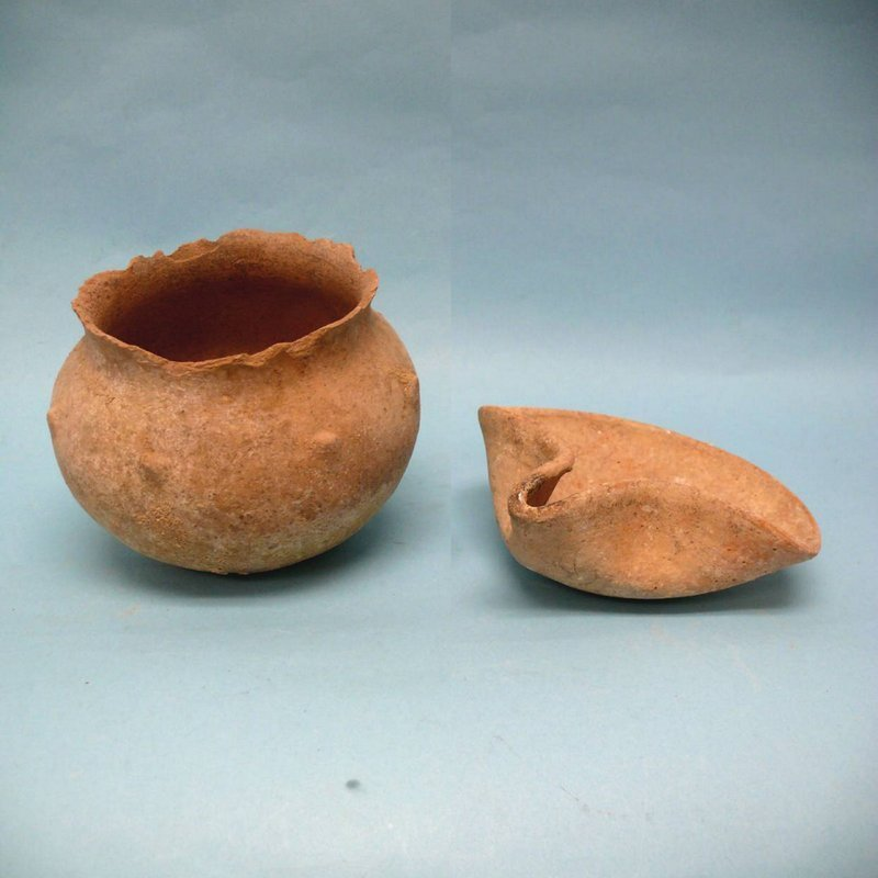 Ancient Holy Land Pottery, Grouping of Two Artifacts