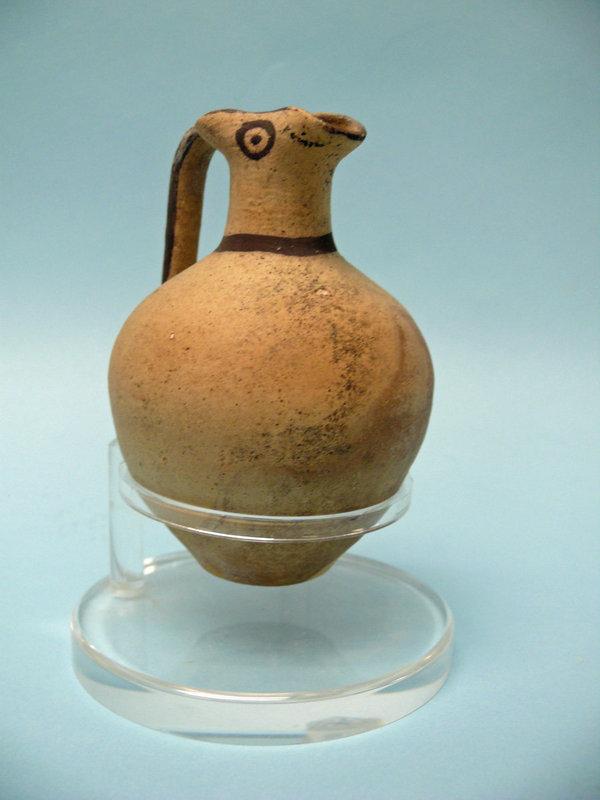 Cypriot Pottery Bichrome Trefoil Oinoche