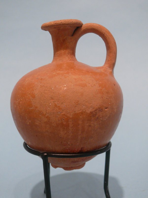 Middle Bronze Age II Glazed Juglet, Holy Land