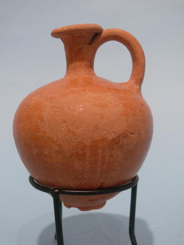 Middle Bronze Age II Glazed Juglet, Holy Land