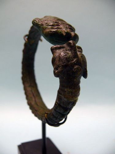 Islamic Bronze Bracelet of Two Lion Heads