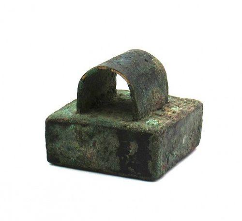 Bronze Seal with a Thin, Bridge Knob