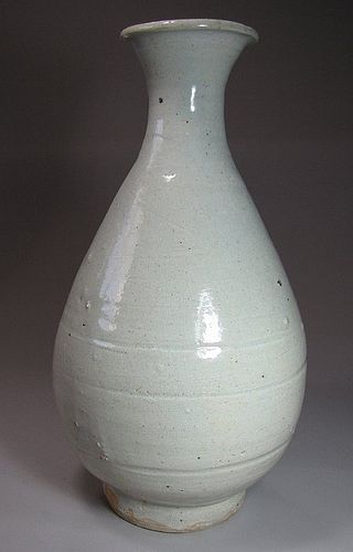 Very Fine/Rare/Large White Pocelain Pear Shape Bottle -15th C