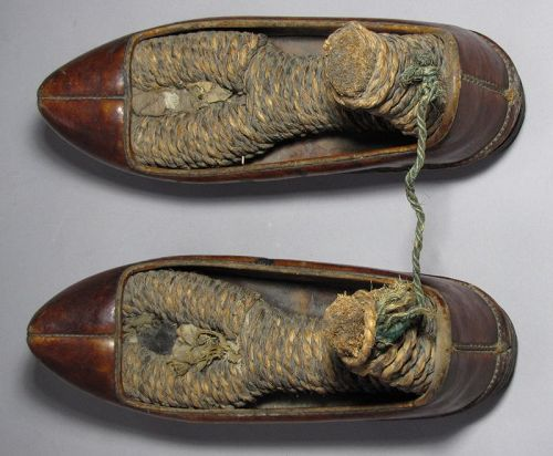 A  Very Fine/Rare Pair of Korean Antique Leather Shoes (진신)-19th C.