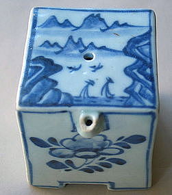 Very Fine Blue and White Rectangular Water Dropper