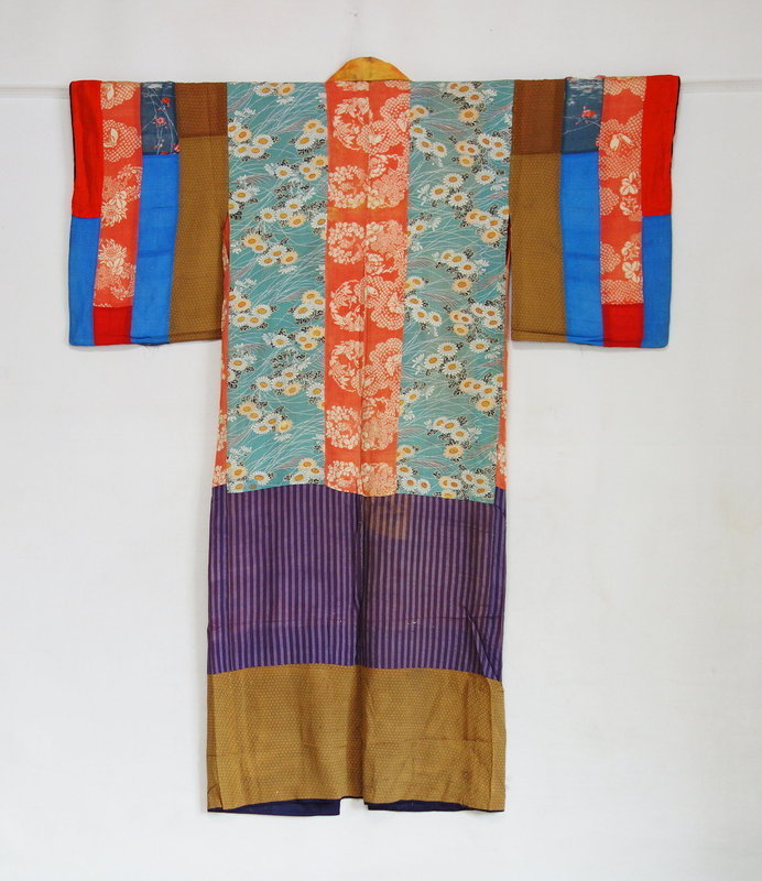 Japanese Antique Textile Silk Hagi-isho Juban Under Kimono