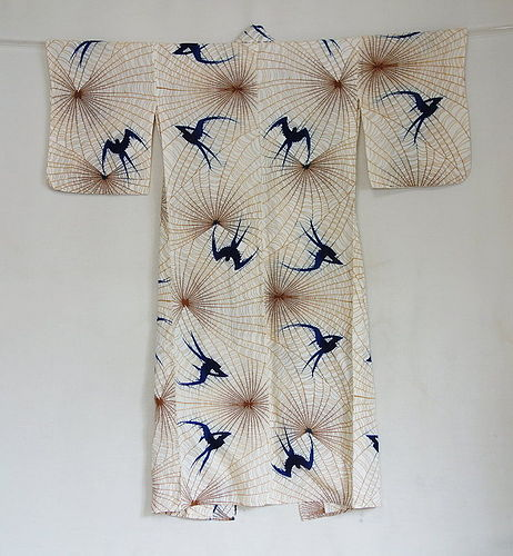 Japanese Vintage Textile Cotton Woman's Kimono with Swallow Motif