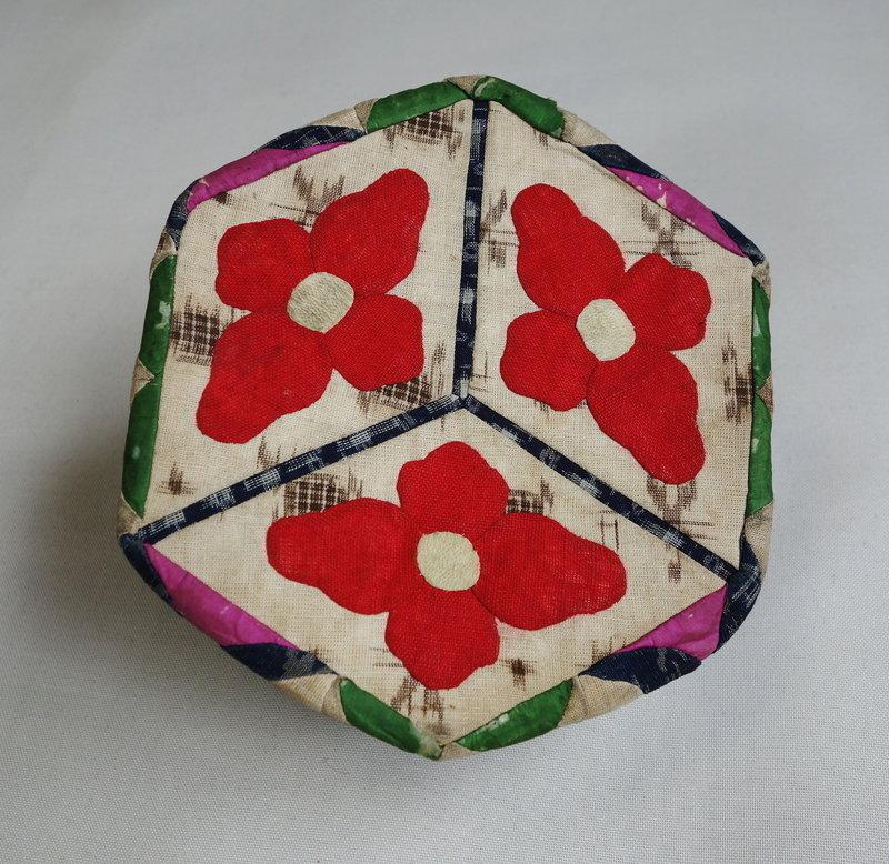 Japanese Vintage Textile Bag Made of Asa Omi Kasuri & Akaso Kasuri