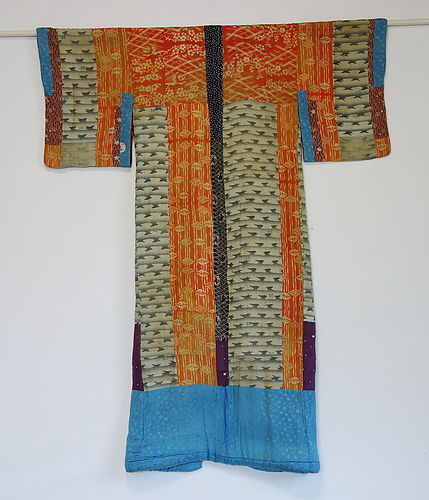 Japanese Antique Textile Yosegire Juban Made of Silk Crepe