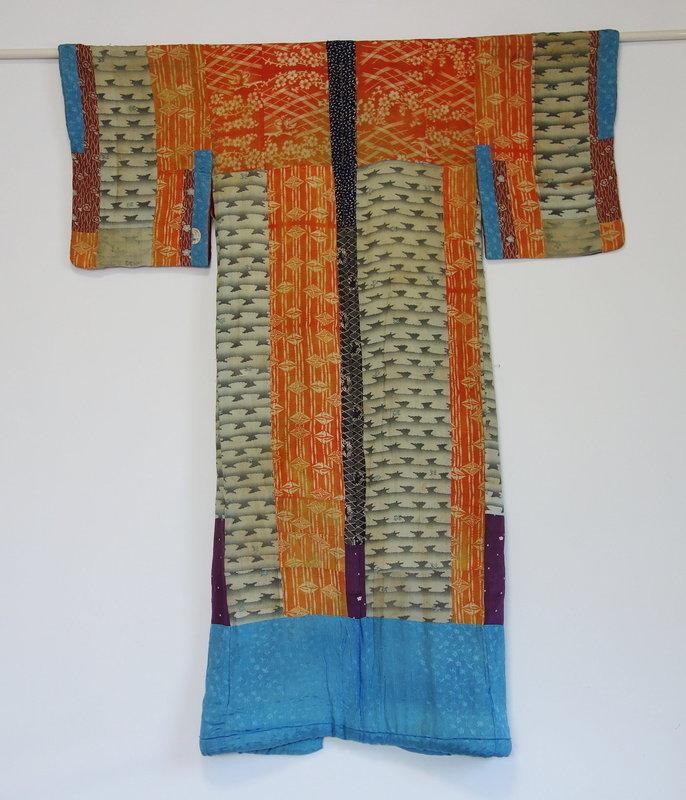 Japanese Antique Textile Yosegire Juban Made of Silk Crepe