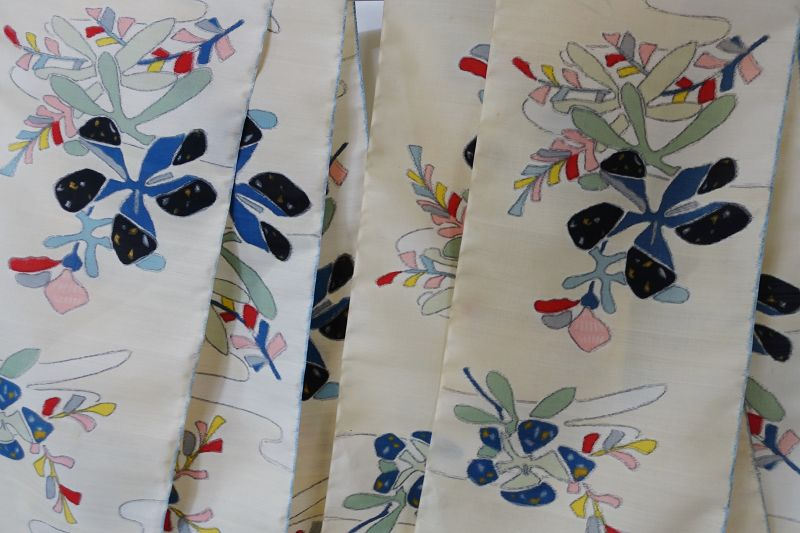 Japanese Vintage Textile Cloth of Meisen with Modern Flower