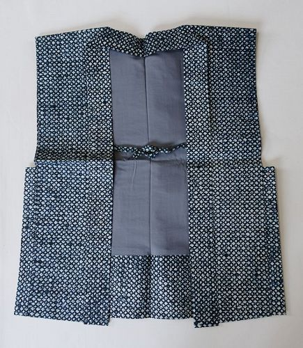 Japanese Contemporary Shifu Sodenashi Vest Made of Washi