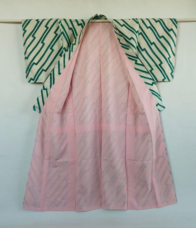 Japanese Vintage Textile Silk Meisen Kimono with Geometric Pattern