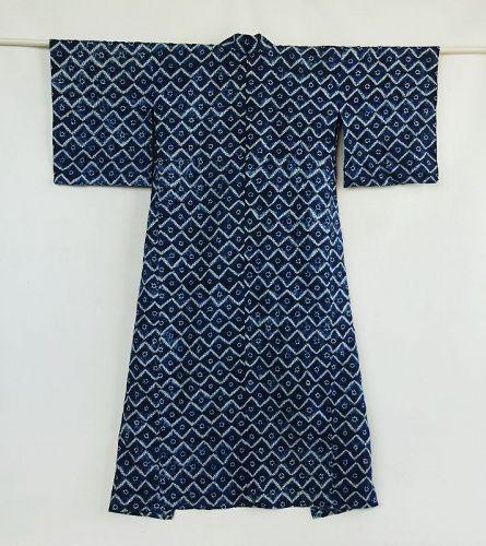 Japanese Vintage Textile Woman's Cotton Kimono with Shibori Kyushu