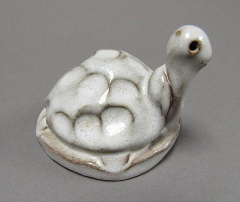 North Carolina Seagrove Pottery Virginia Shelton Turtle, JB Cole