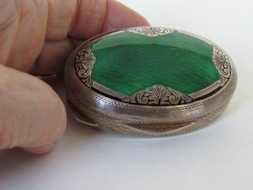 Salimbeni Sterling Silver Emerald Green Guilloche with Gold Table Box