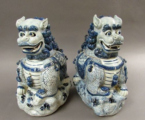 Chinese Blue and White Porcelain Foo Dog Censers and Cover