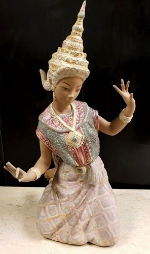 Large Retired Lladro Thai Dancer Statue With Gres Finish