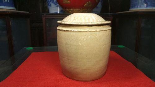 song dynasty , Celadon jar