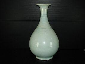 Rare Yuan qingbai large yuhuchun vase 28cm